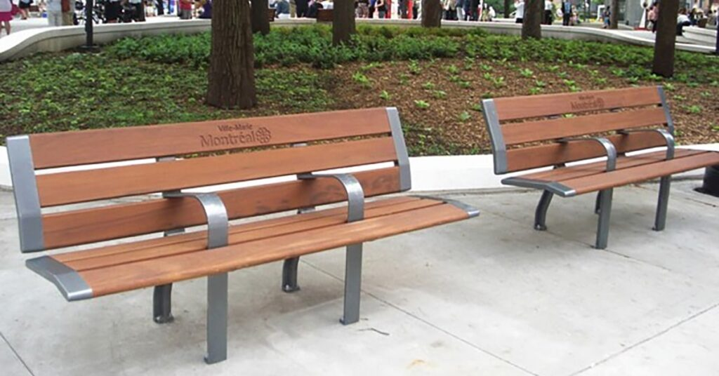 Montreal new park benches under fire