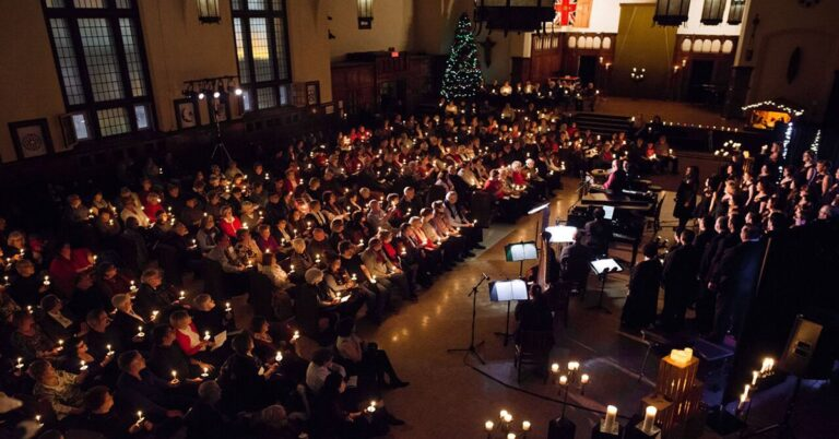 Lyric Theatre Singers' – A Candlelight Christmas