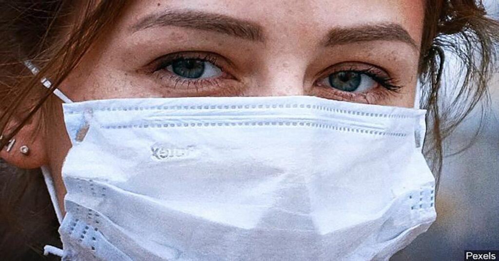 Quebec's Public Health Director concerned too many not wearing masks