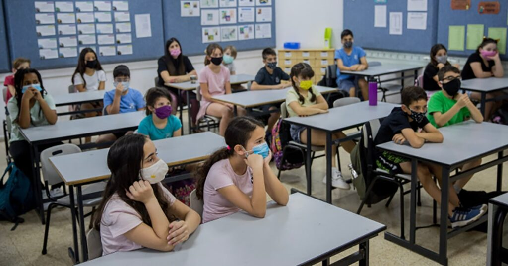 Quebec's updated back to school plan