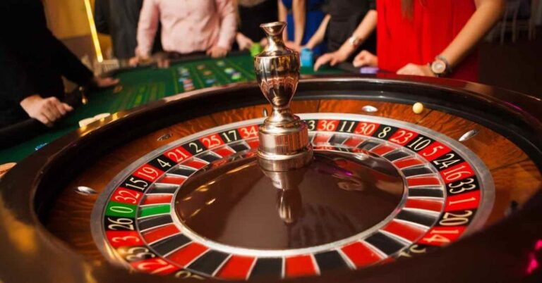 How are casino classics like roulette staying popular in the internet age?