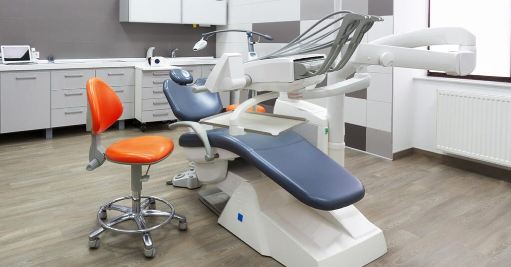 Quebec relaxes Covid-19 protocols for dentists