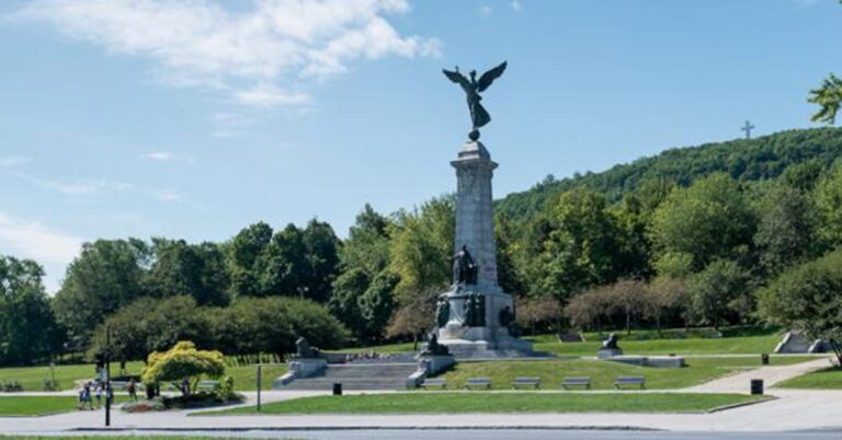 Two free outdoor concerts at foot of Mount Royal