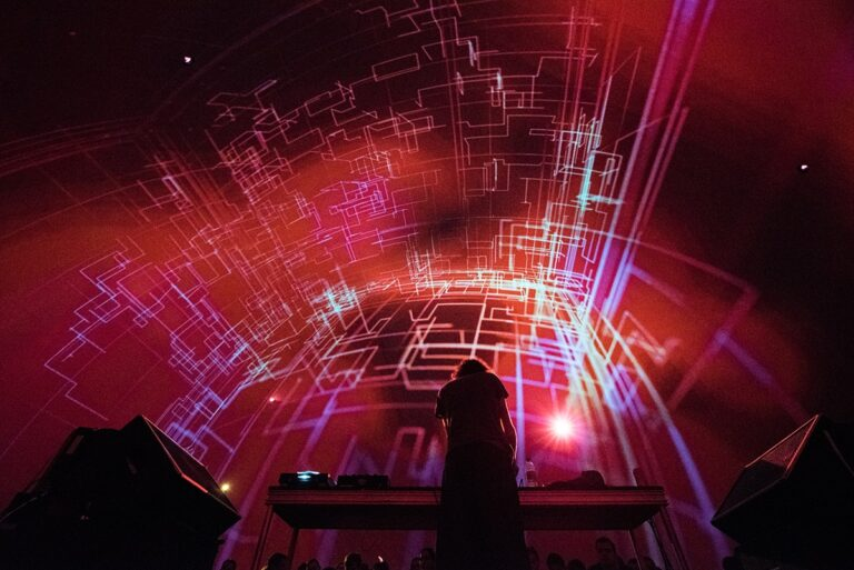 Here's what You Missed at MUTEK 2018 – Best Photos and Highlights