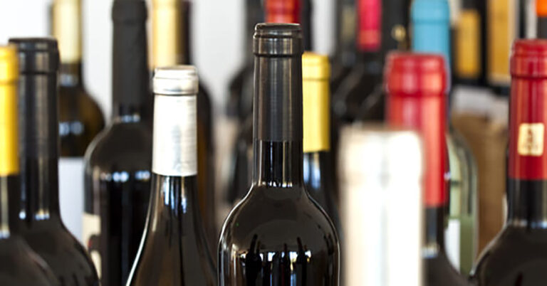 Wine bottle recycling in Quebec deposit program