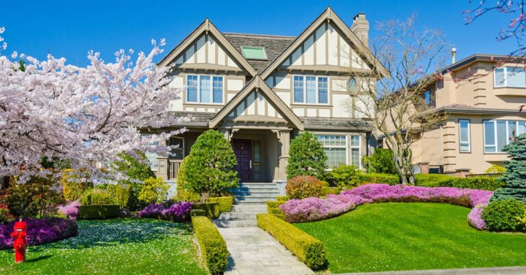 How important is curb appeal when selling your home?