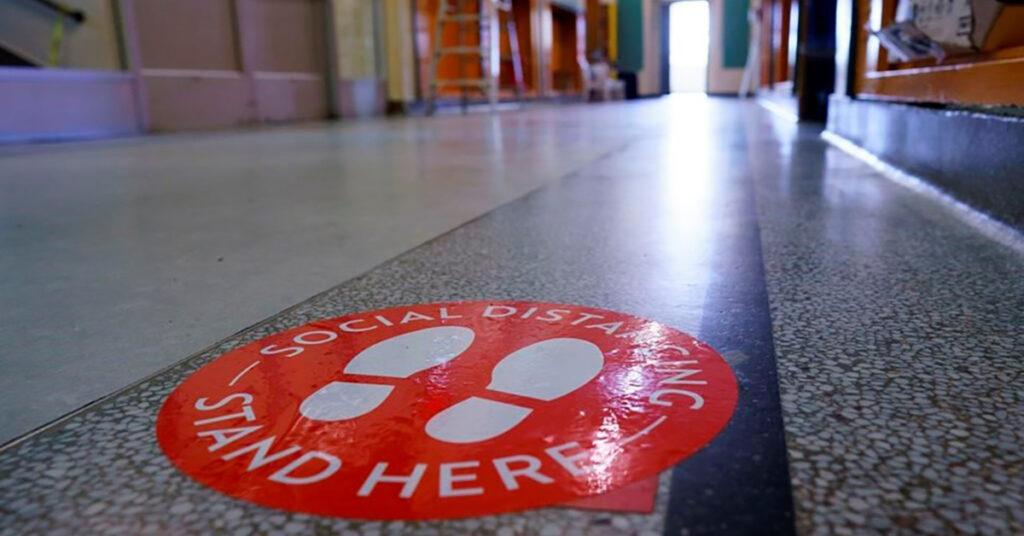 COVID-19 cases rising across Quebec schools