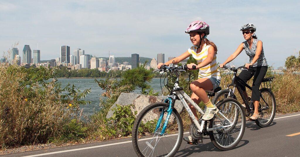 Bike path from Montréal to Sainte-Catherine