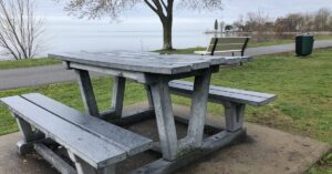 Dorval picnic table reservation