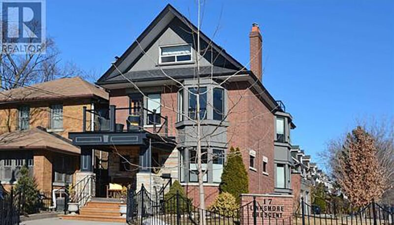 House sells for $620 000 over asking