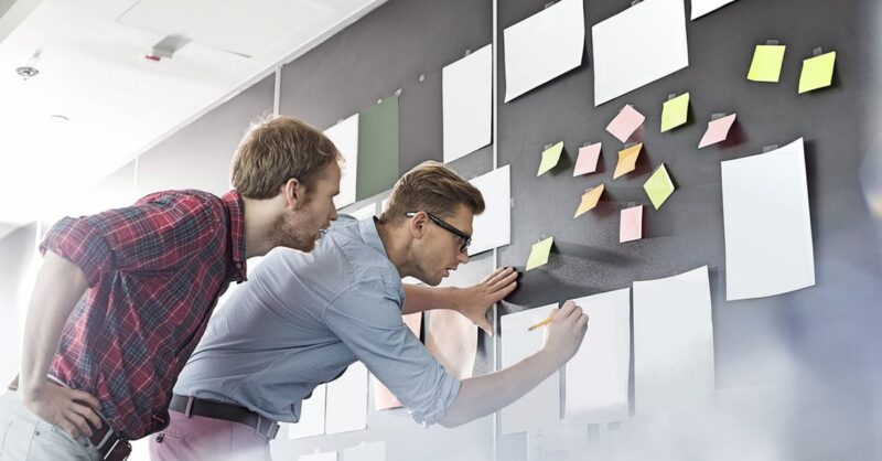 How-Businesses-can-create-effective-teams-min