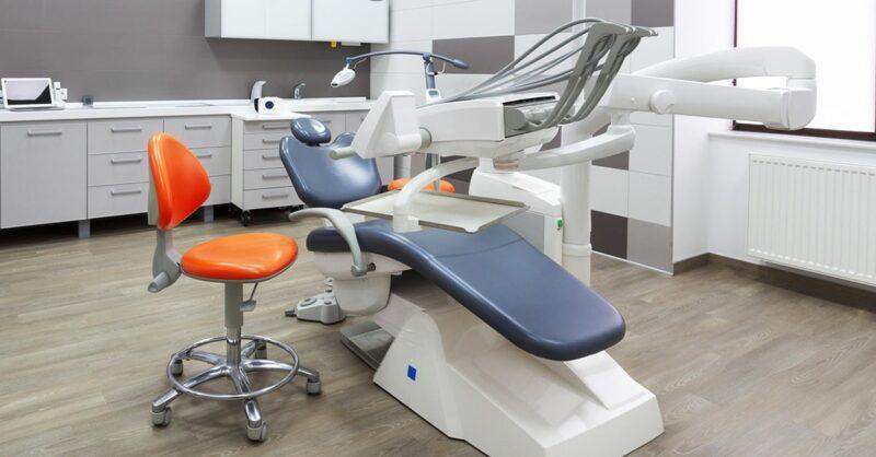 dentist-chair-min