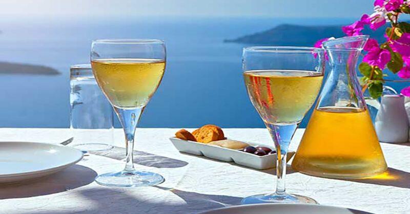 greek-Islands-and-wine-min